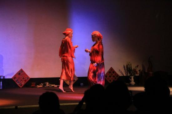 Jihana et Hawa, spectacle Pour toi, liberté